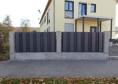 Hartvinyl-Spundwand als Zaun